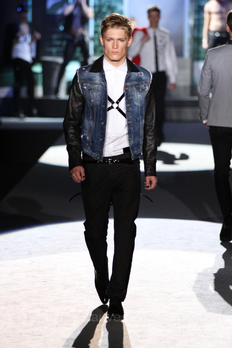 dsquared-ss-2012-25