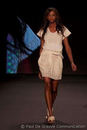 vivienne-tam-ss2011-4